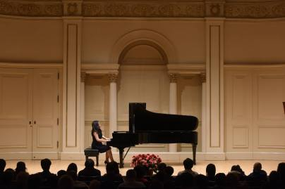 LHS Collaborative Pianist Evelyn Lam performs at Carnegie Hall in 2015